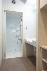 ヒルズレディースクリニックのシャワー室