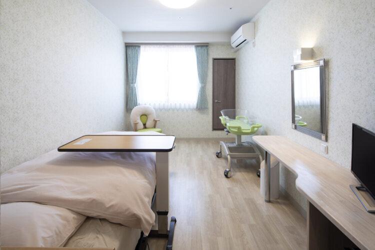 ヒルズレディースクリニックの一般病室(トイレ付き)畳なし